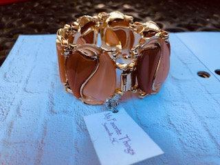 Vintage Goldtone Lucite panel bracelet