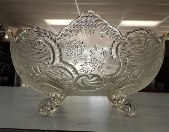 "8.25"" Clear Pressed Glass Fruit Bowl"