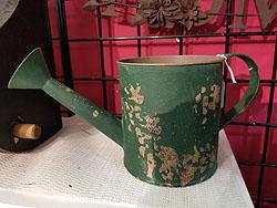 TIN WATERING CAN GREEN -50012