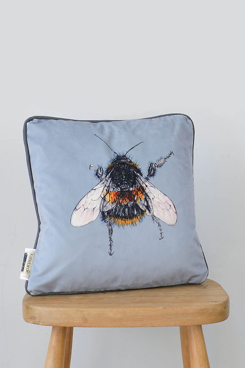 velvet bee cushion (small)