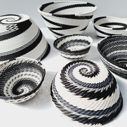 Telephone wire bowl - Black & White large