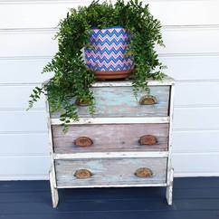 Kiondo pot plant holder