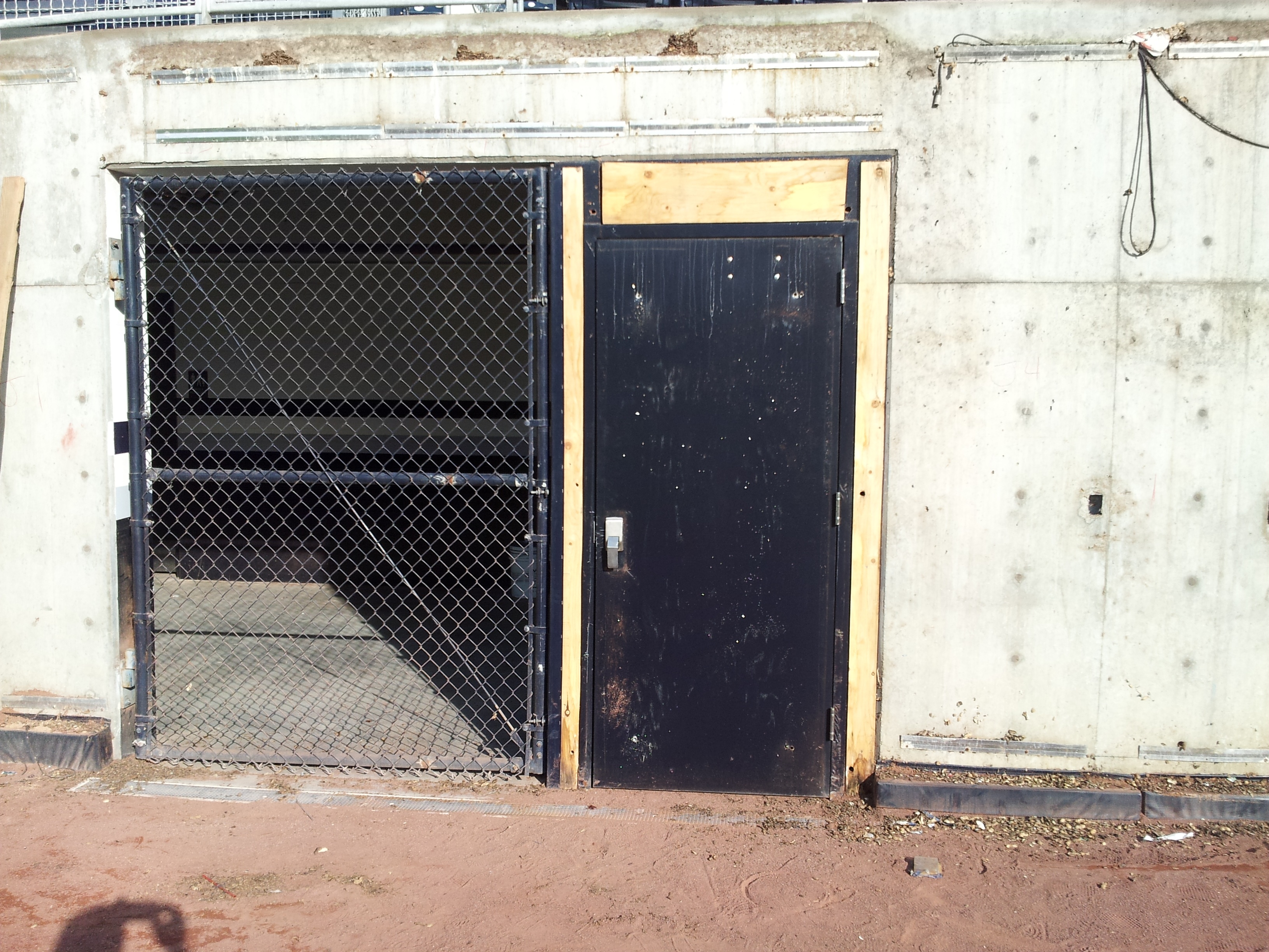 Field - Wall Pads - Gate Padding - D