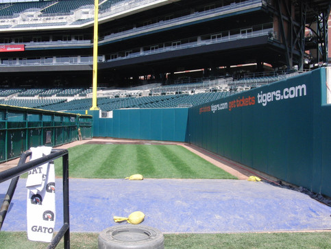 SportsVenuePadding.com | MLB | Outfield Pads | Baseball | Softball | Stadium | Facility Padding | Post pads | Rail pads | Bullpen padding | Graphic Printing