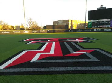 SportsVenuePadding.com   Texas Tech Baseball outfield wall padding   Field Pads
