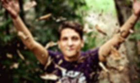-leaves-1245978_1920.jpg