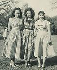 Olivia Sánchez Zamarripa and unidentified women, undated