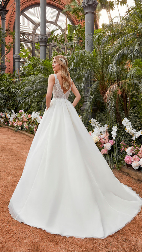 La Sposa LS108 R.jpg