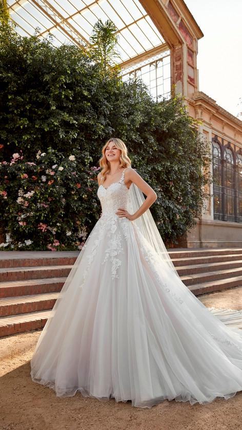 La Sposa LS105.jpg