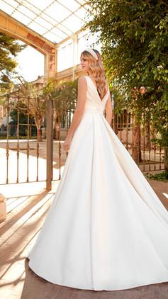 La Sposa LS110 R.jpg