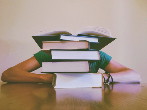Are you having the symptoms of a mid degree crisis?