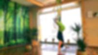 Sanftes Aerial Yoga Screen.jpg