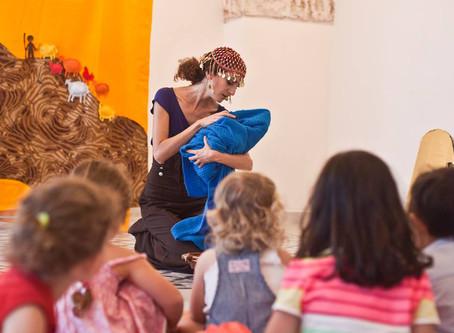 עירית סופרן מציגה בשבתות לילדים בקהילה