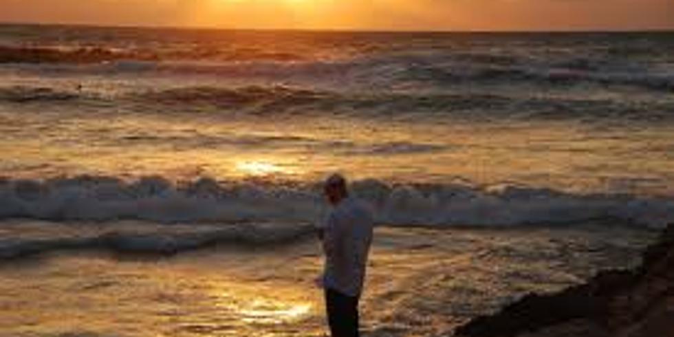 תשליך צפונית לחוף מנטה ריי - Tashlich (Alma Beach near the Manta Ray restaurant)