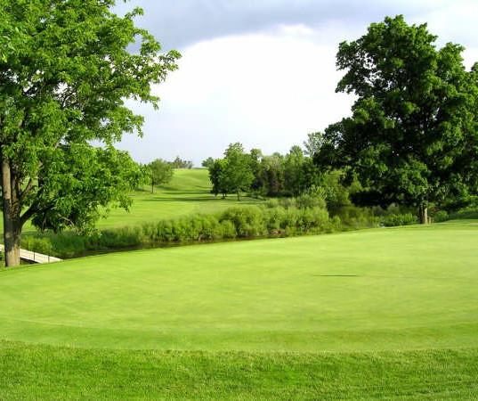 20 Valley 18th green.jpg