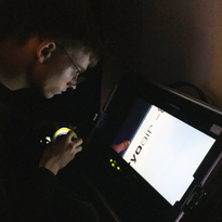 Focus Puller in der dunklen Kältekammer