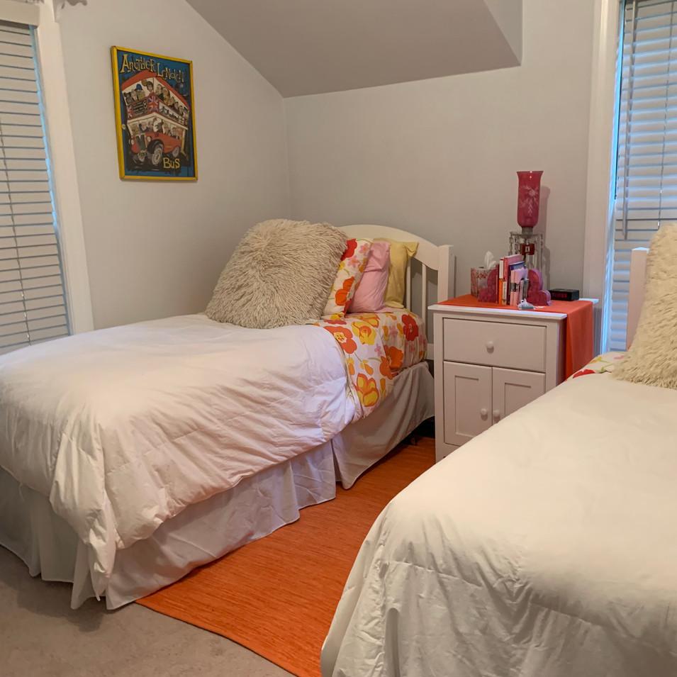 bedroom before_7440.jpg