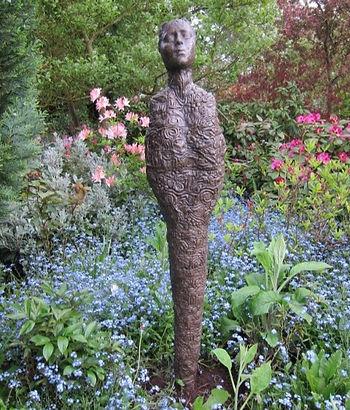 Garden Sculpture by Artist Pam Foley Oxford / Northamptonshire UK