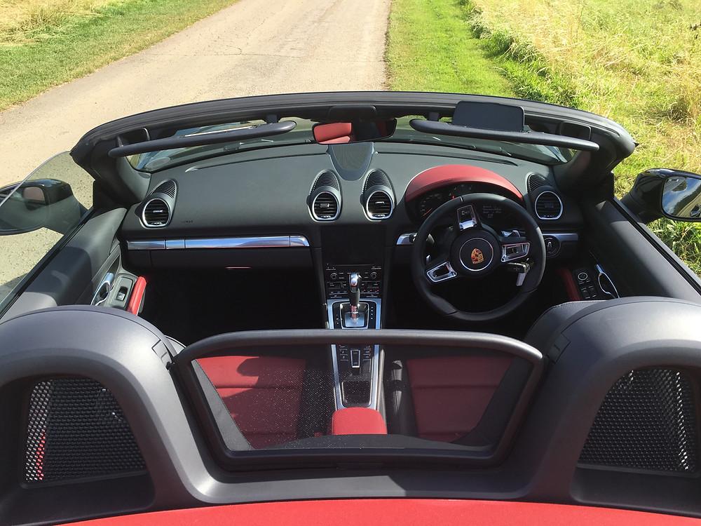 2016 Porsche 718 Boxster - interior