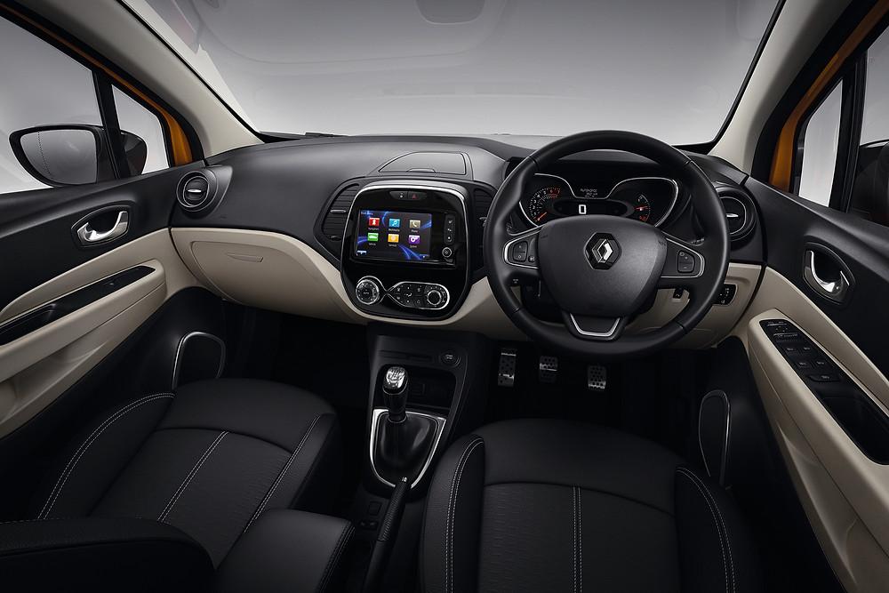 2017 Renault Captur - interior
