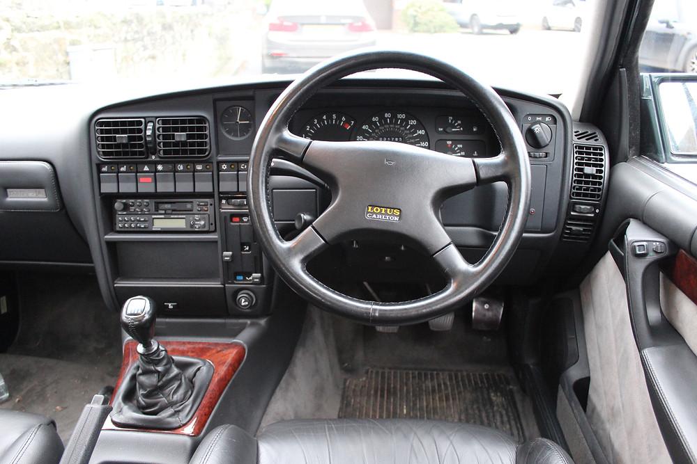 1992 Vauxhall Lotus Carlton - inside