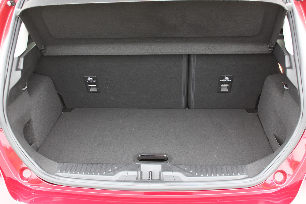 Ford Fiesta 1.0T EcoBoost Titanium - boot