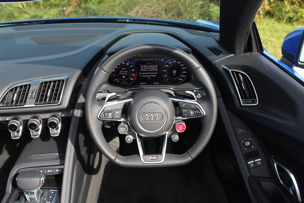 2017 Audi R8 Spyder dashboard