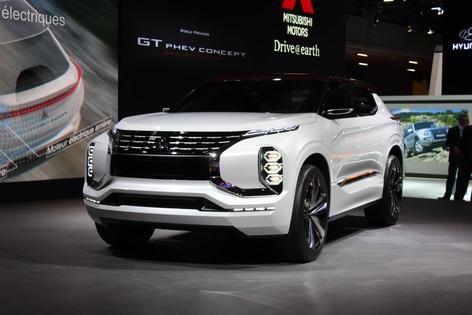 Mitsubishi GT-PHEV Paris World Premiere