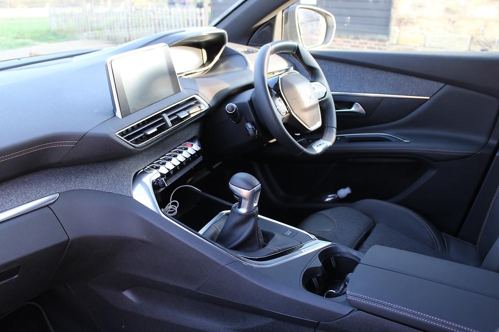 Peugeot 3008 interior iCockpit 2