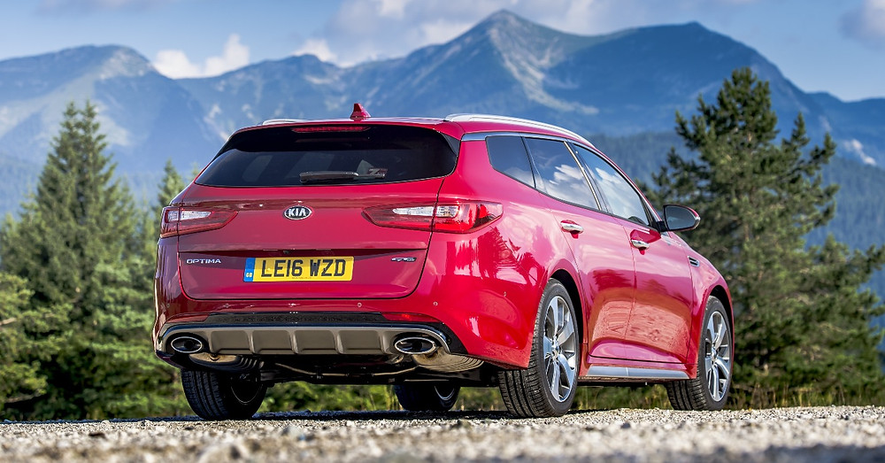 Kia Optima Sportswagon - rear three-quarters