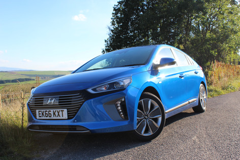 2016 Hyundai Ioniq Hybrid Review