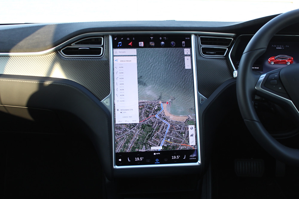 2017 Tesla Model S 100D - control panel