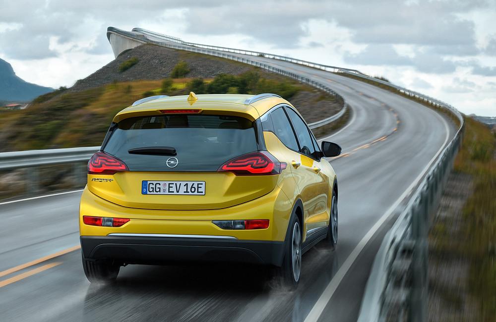 Opel Ampera-e - rear