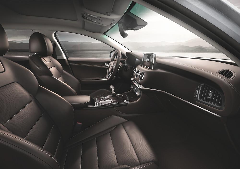 2018 Kia Stinger - interior