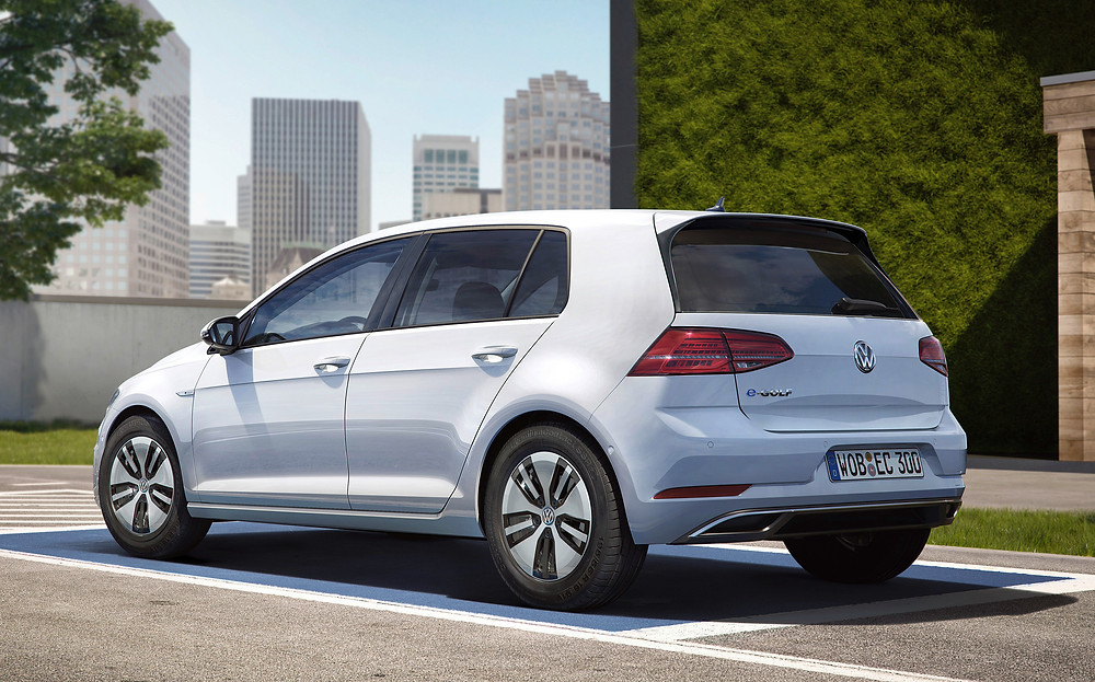 2017 VW e-Golf - rear three-quarters