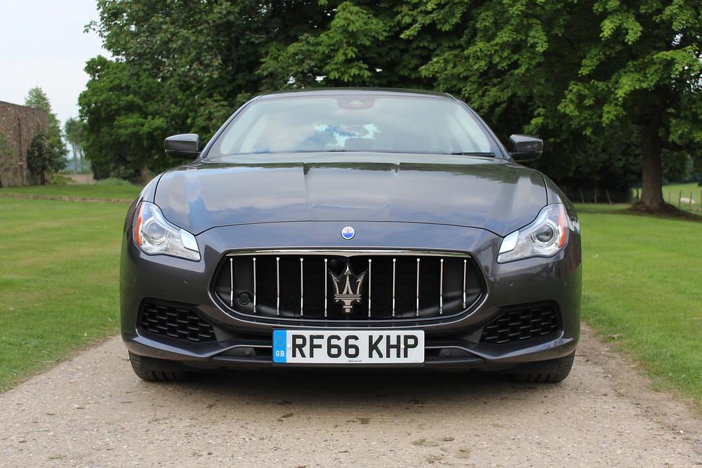 2017 Maserati Quattroporte - front
