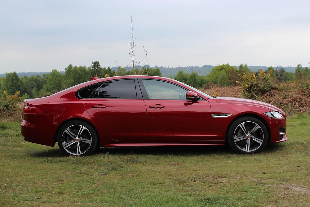 2017 Jaguar XF - side