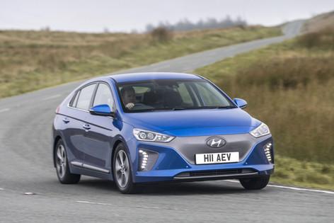 2017 Hyundai Ioniq Electric Premium SE Review