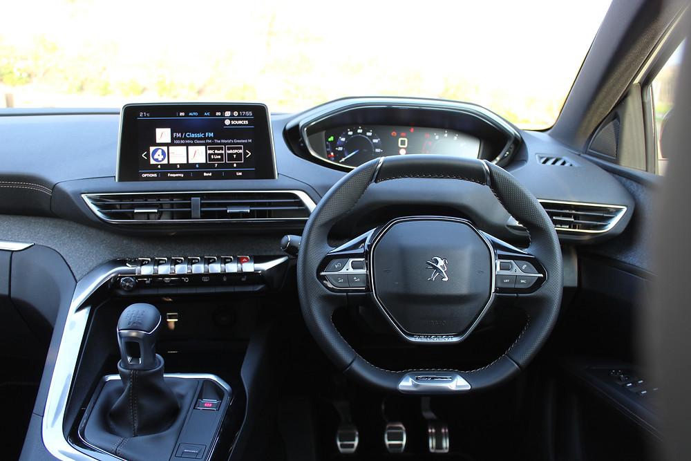 Peugeot 3008 interior iCockpit