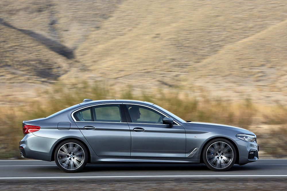 2017 BMW 5-Series - side