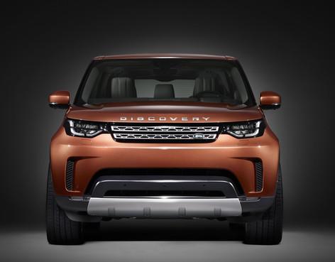 2017 Land Rover Discovery set for Paris Motor Show