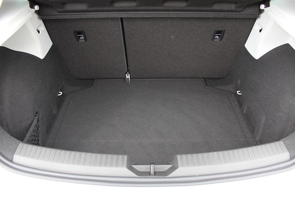 SEAT Leon 5dr FR Technology 2.0 TDI 184 - boot