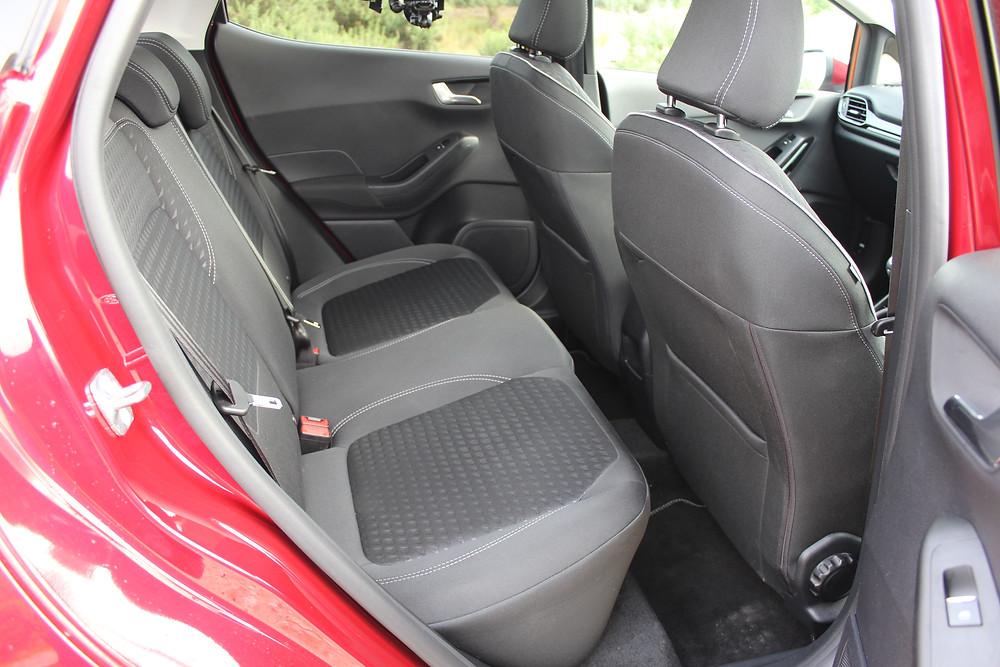 Ford Fiesta 1.0T EcoBoost Titanium - rear seats