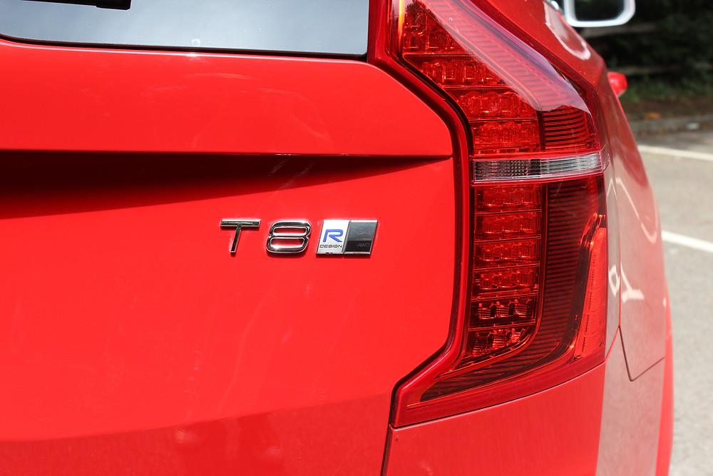 Volvo XC90 T8 R-Design T8 badge