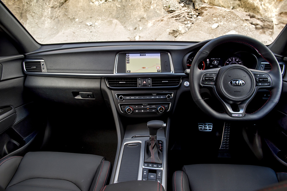 Kia Optima Sportswagon - inside