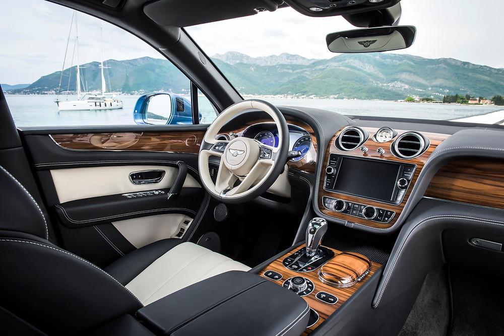 2017 Bentley Bentayga Diesel - interior