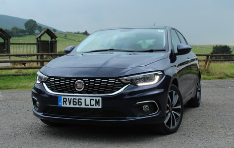 2016 Fiat Tipo Hatchback 1.6 120 Lounge review