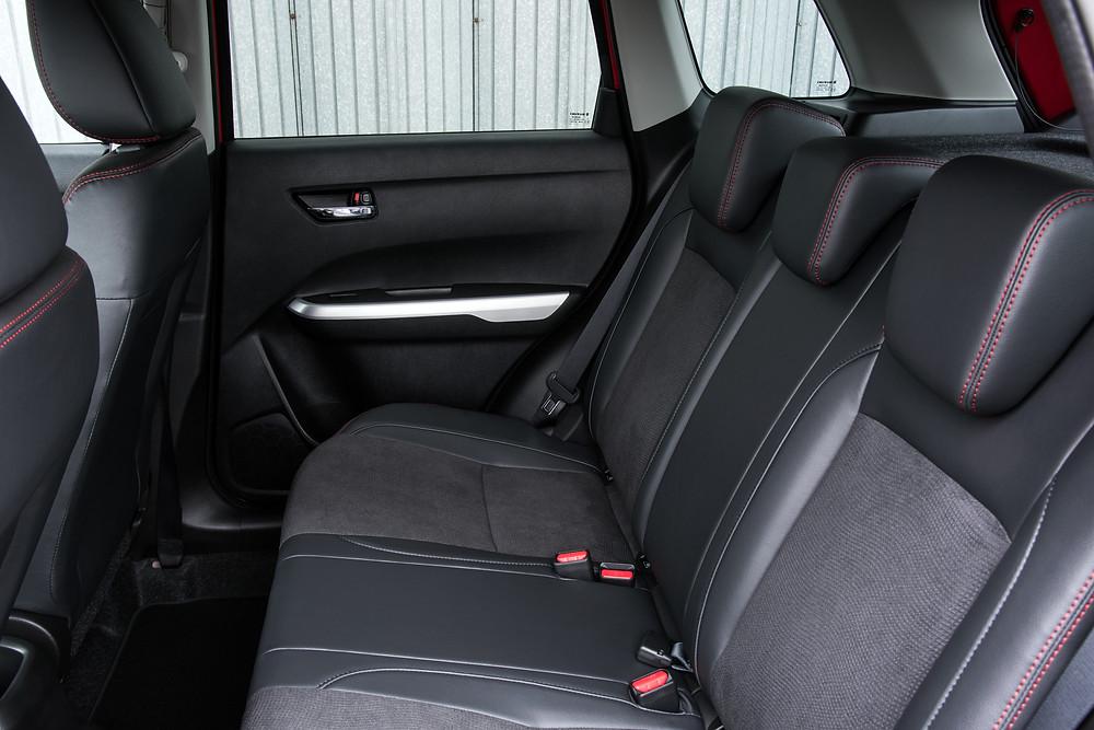 Suzuki Vitara interior - rear
