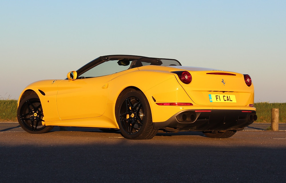 2017 Ferrari California T Handling Speciale rear 3/4