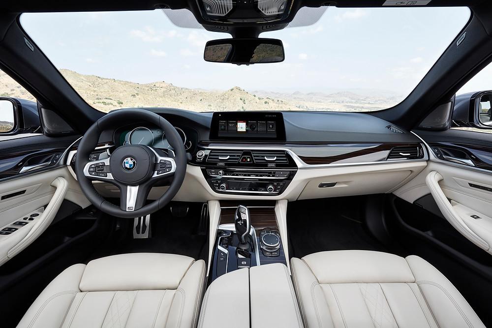 2017 BMW 5-Series - interior